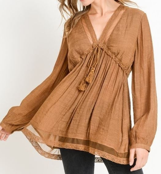 (1 S and 1 L left!) Mesh Detail Baby Doll Top