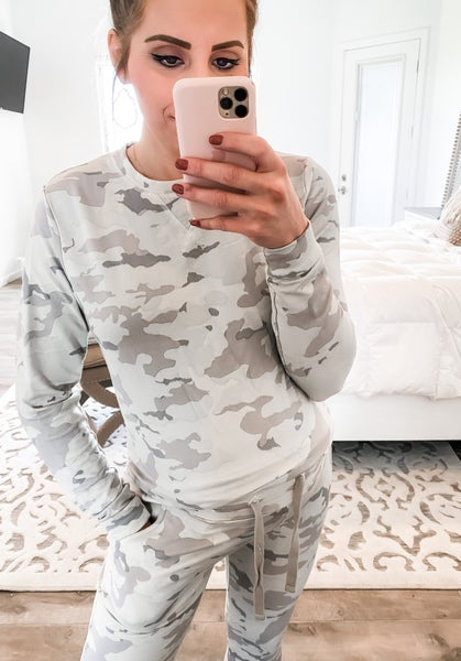 Snow Camo Pullover Lounge Wear (Up to 3XL)