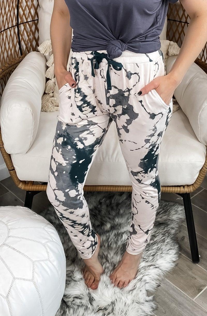 (S-3X) Keep It Calm Splatter Print Tie-Dye Sweatpants