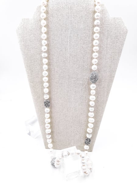 So Pearly Pave Necklace