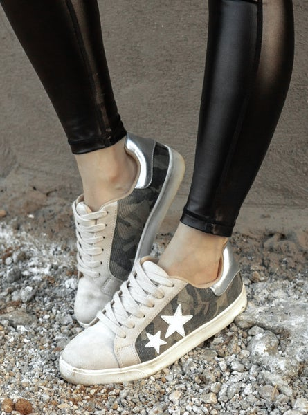 Amazing Camo Star Shoe