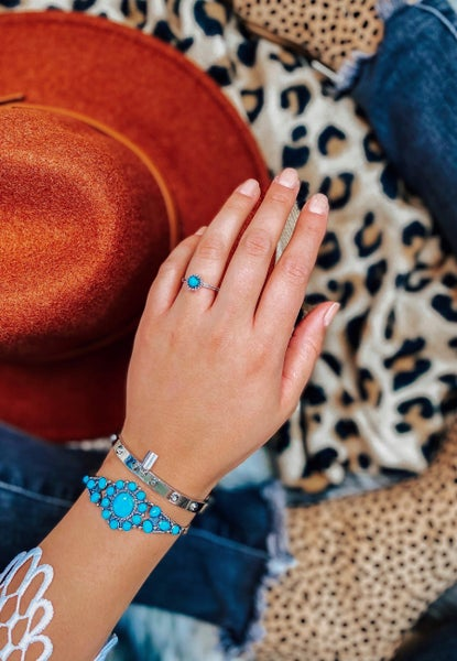 DOORBUSTER: Dainty Turquoise Globe Vibes Ring