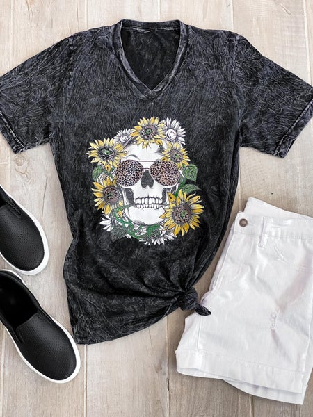 (XS-2X) Sunflower Skull Graphic Tee