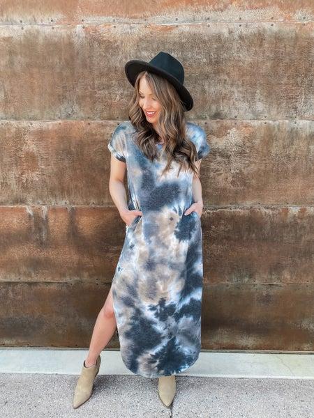(S-3X!!) Confidence Is Key Tie Dye V-Neck Maxi Dress