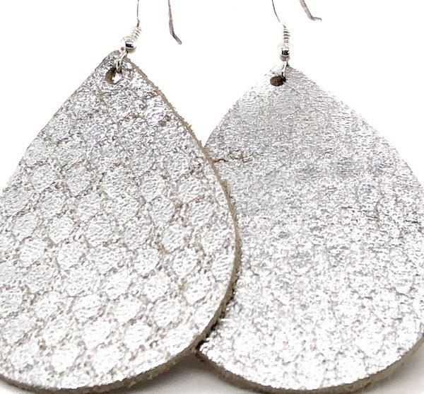 Silver Metallic Teardrop Earring