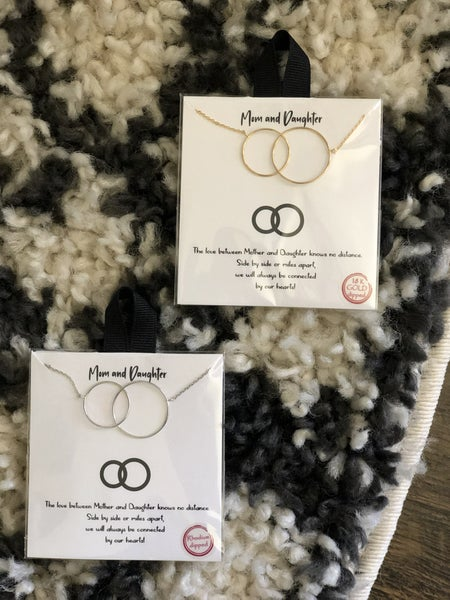 CIRCLE MOM/DAUGHTER NECKLACE
