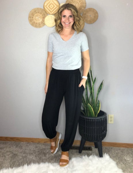 KNIT BLACK PANT WITH ELASTIC WAIST