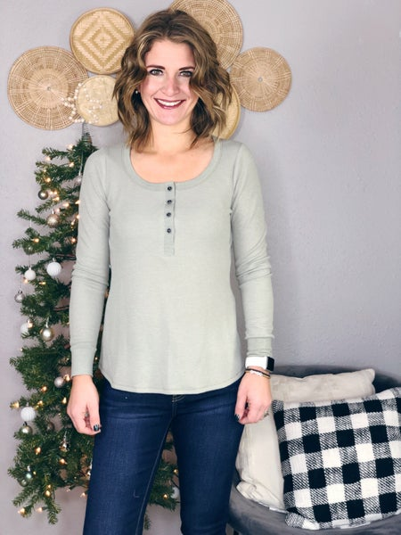 BUTTON WAFFLE HENLEY