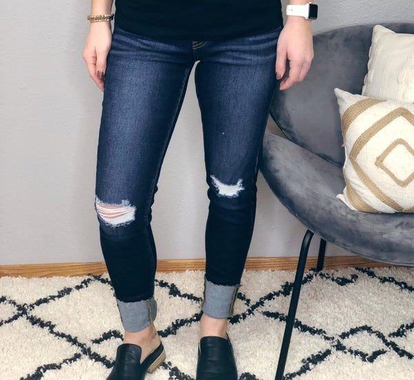 LOW RISE CUFFED ANKLE SKINNY