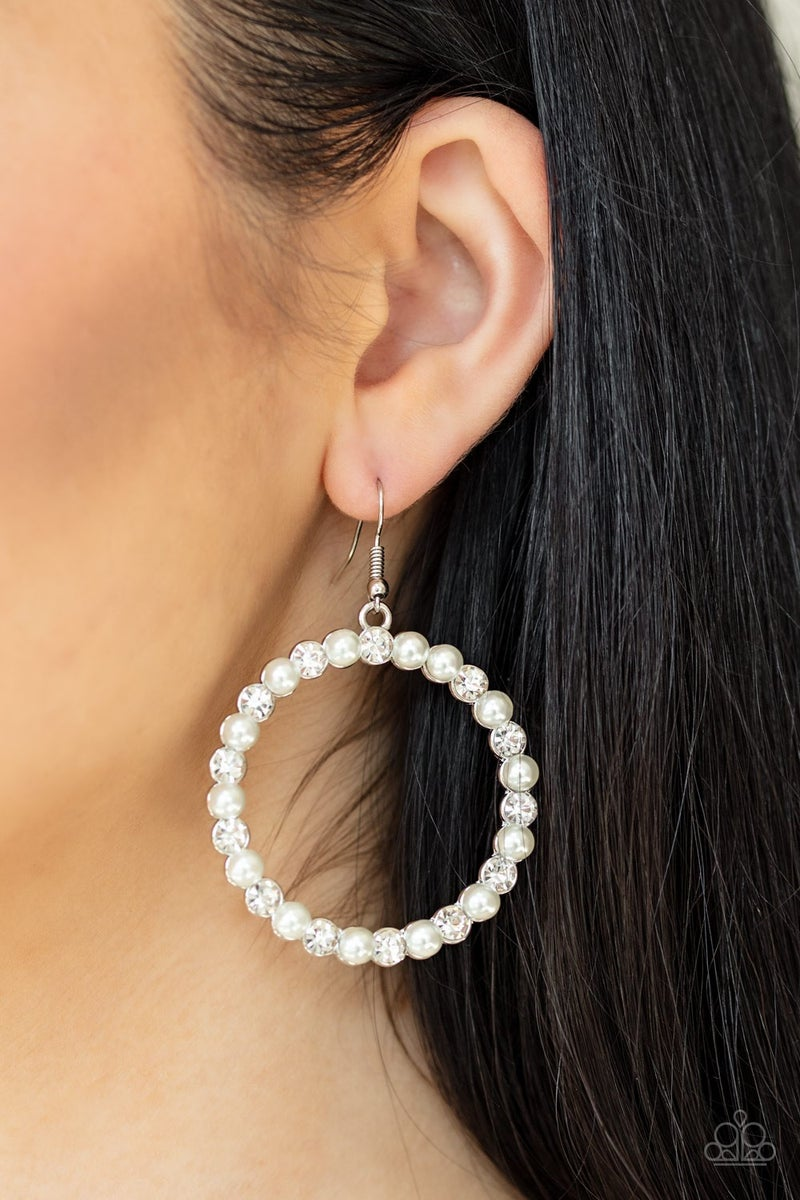 Pearl Palace Pearl Earrings