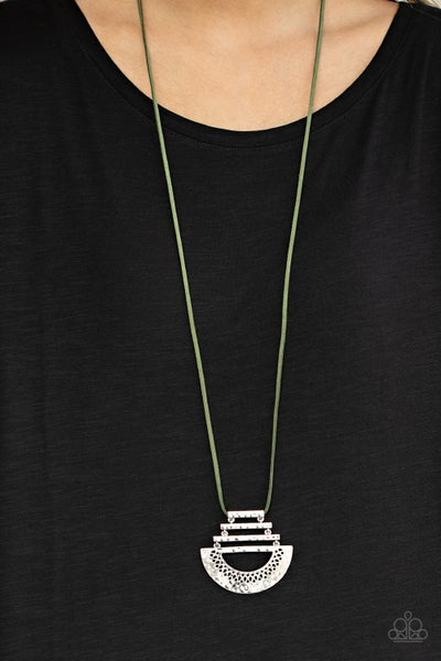 Rise and Shrine Green Necklace