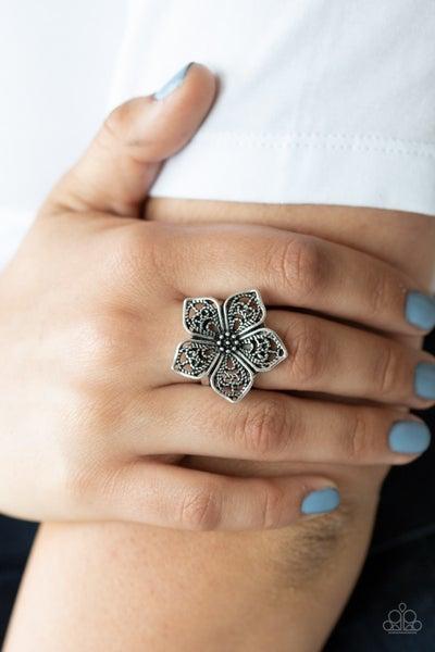 Full Bloom Fancy Silver Ring
