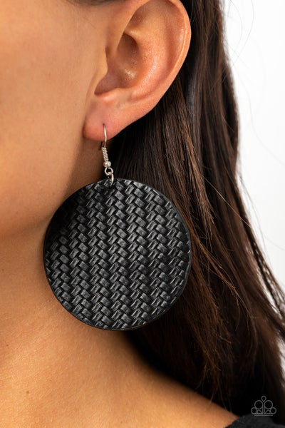 Weave Your Mark Black Earrings