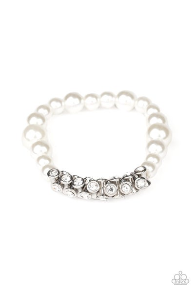 Traffic Stopping Sparkle Pearl Bracelet