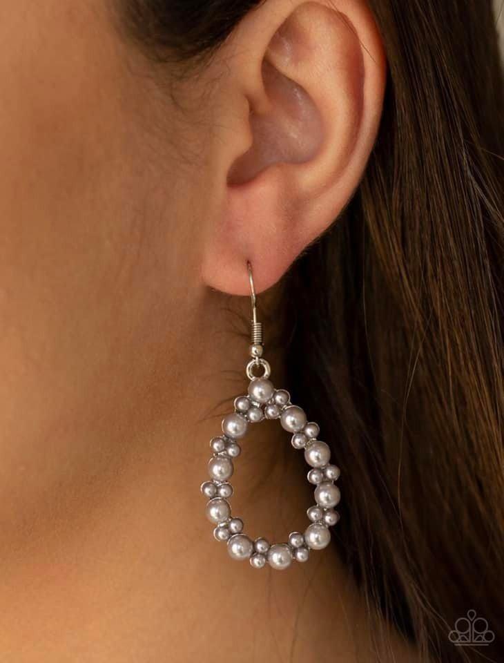 Pearl Spectacular Silver Earrings