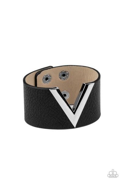 Claws Out Black Bracelet