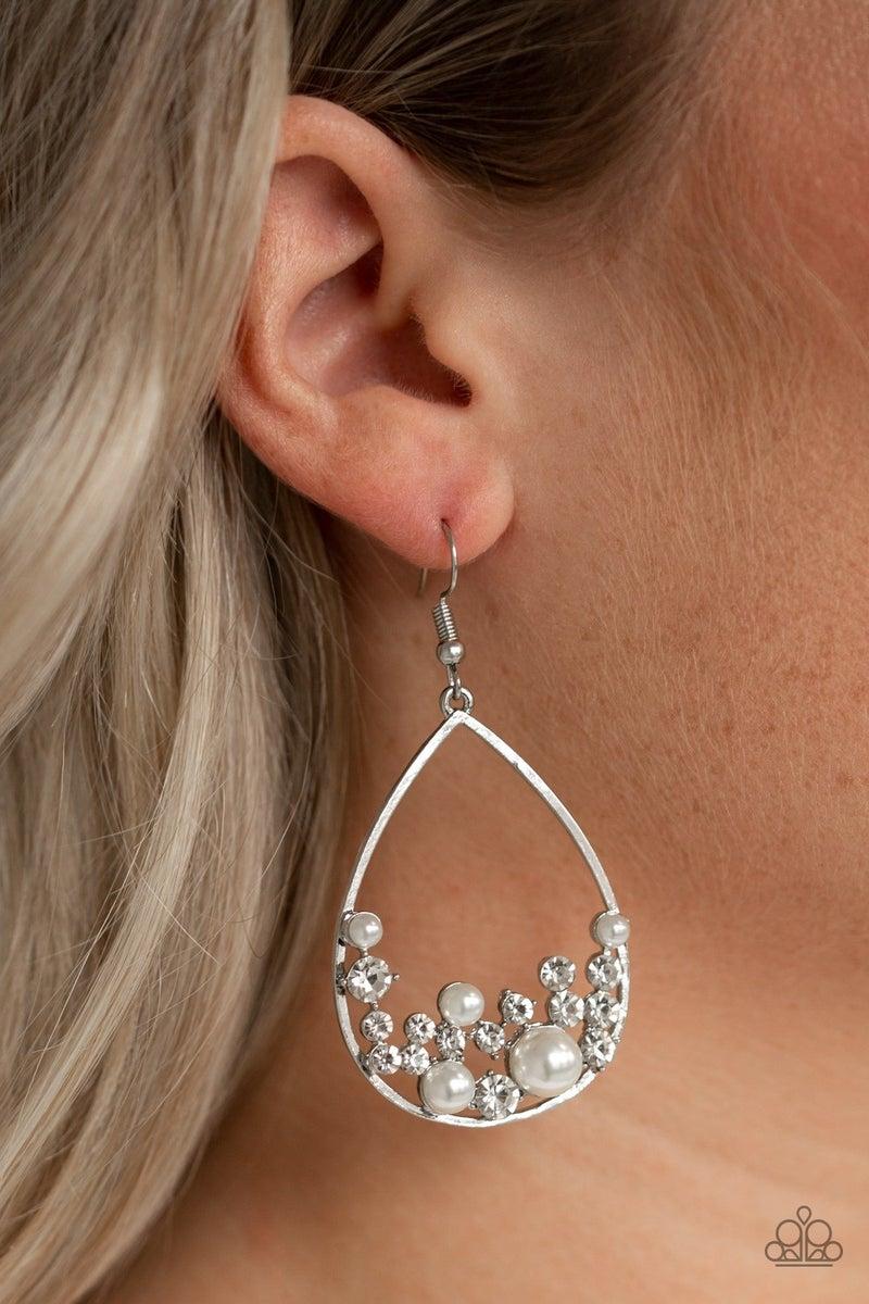 Town Car Pearl Earrings