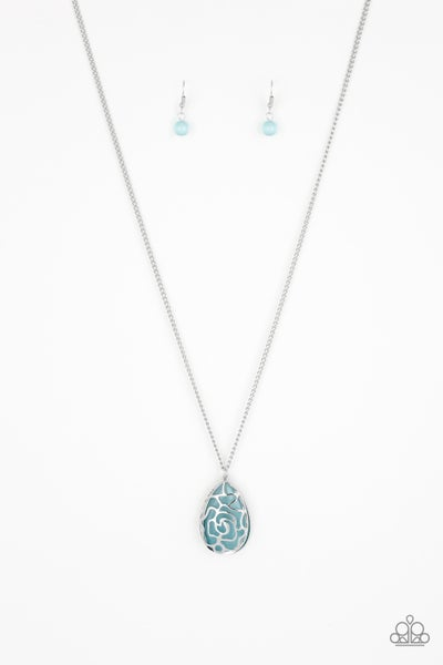 Gleaming Gardens Blue Necklace