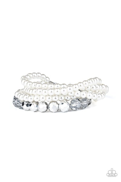 Refined Renegade Pearl Bracelet