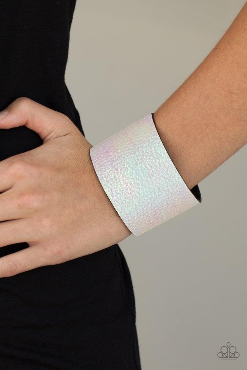 Cosmic Cruise White Bracelet