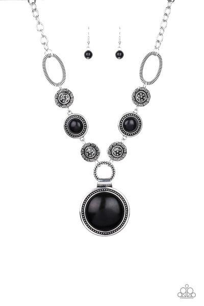 Sedona Drama Black Necklace