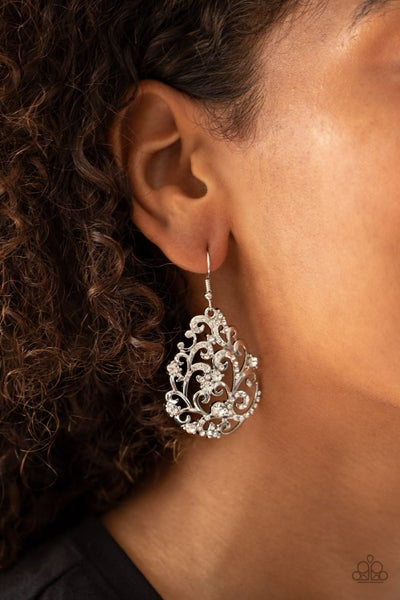 Winter Garden White Earrings
