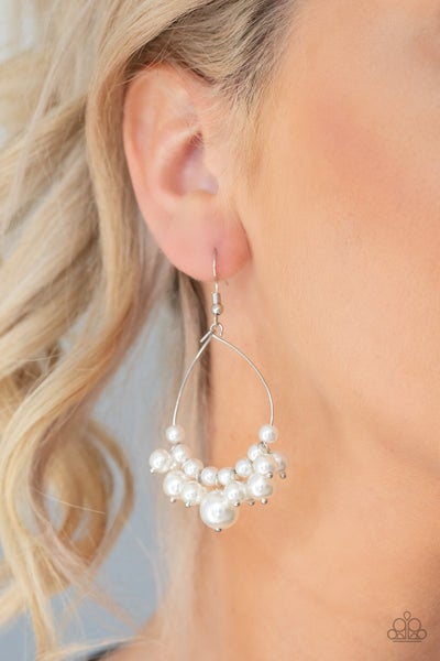 5th Avenue Appeal Pearl Earrings