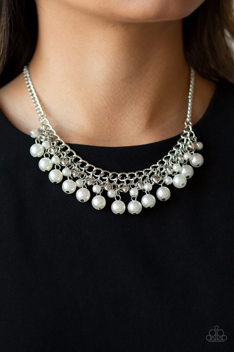 Duchess Dior Pearl Necklace