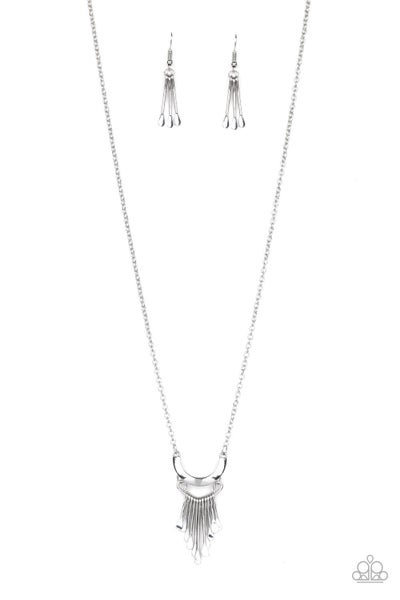 Trendsetting Trinket Silver Necklace