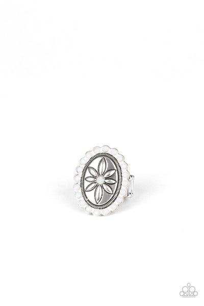 Garden Paradise White Ring