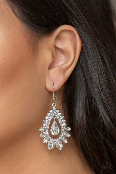 Boos Brilliance White Earrings