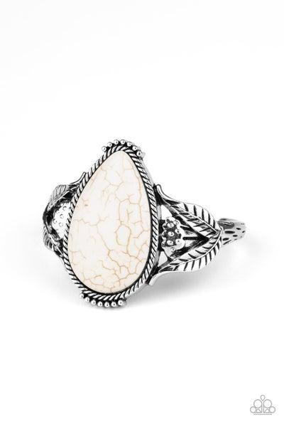 Blooming Oasis White Bracelet