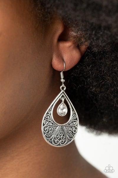 Garden Magic White Earrings