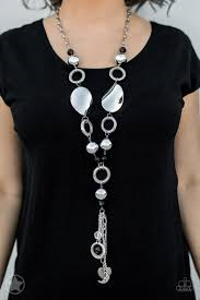 Total Eclipse of the Heart Black Necklace