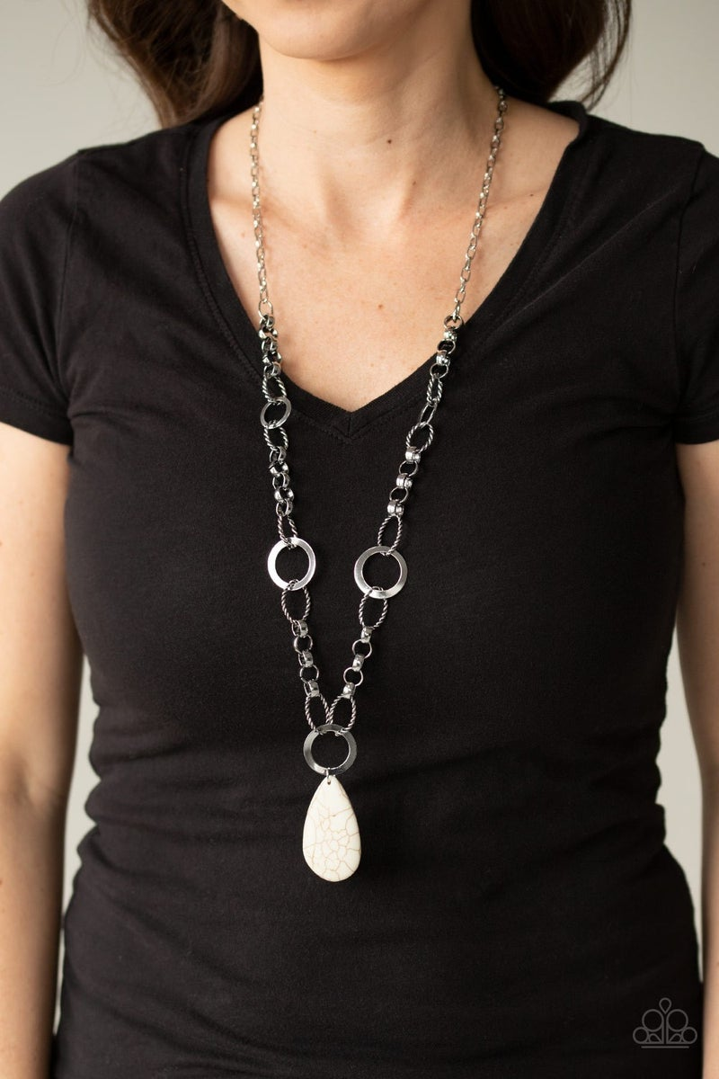 Recycled Refinement White Necklace