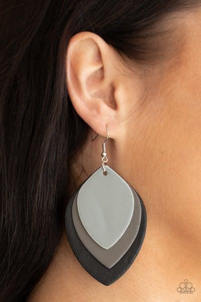 Light As A LEATHER Black Earrings