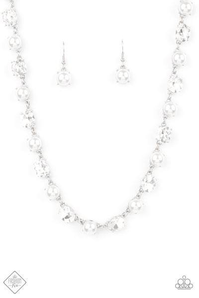 Go-Getter Gleam Pearl Necklace