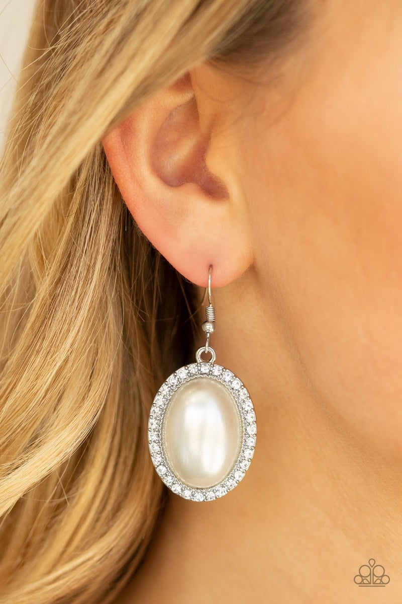 Celebrity Crush Pearl Earrings