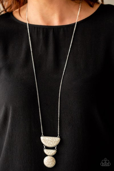 Desert Mason White Necklace