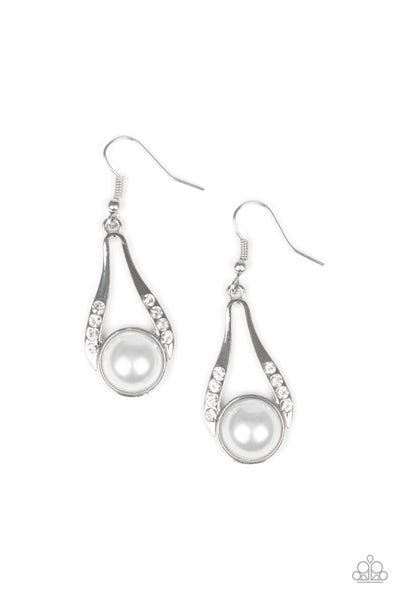 Headliner Over Heels Pearl Earrings