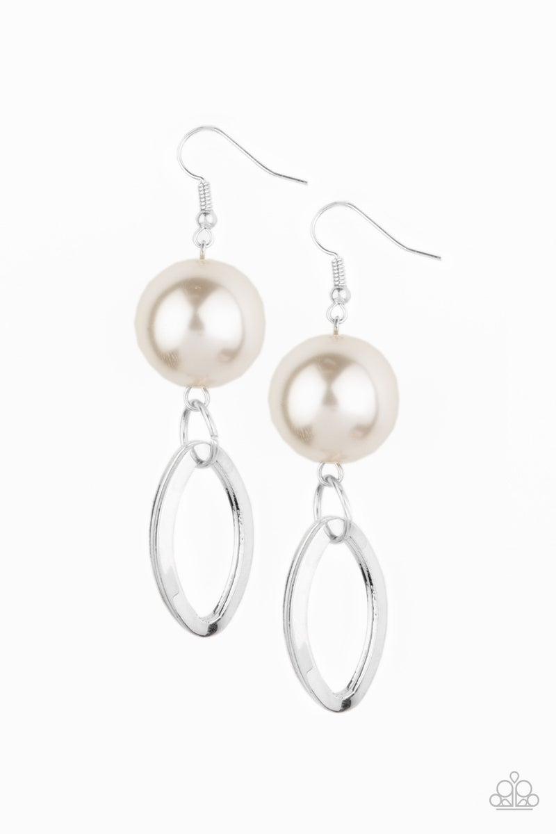 Big Spender Shimmer Pearl Earrings