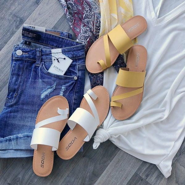 Toe Strap Sandals (2 colors) *Final Sale*