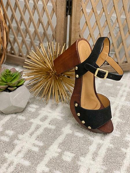 Sassy but Classy Heels- Black *Final Sale*