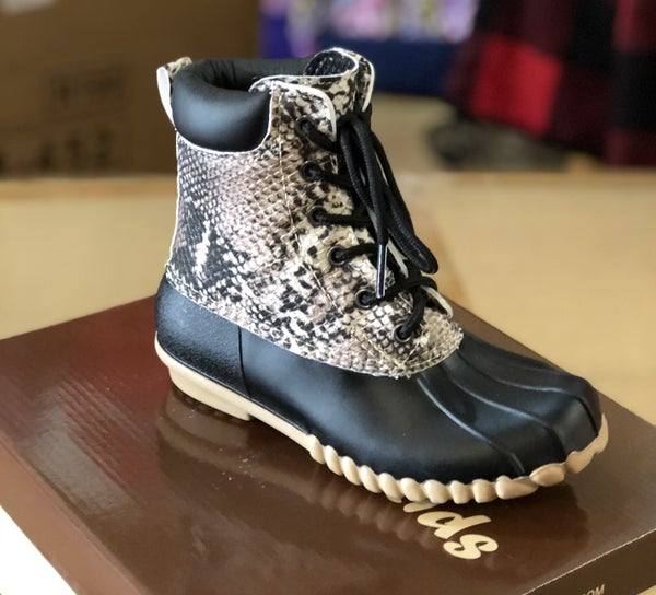Short Snake Skin Duck Boot