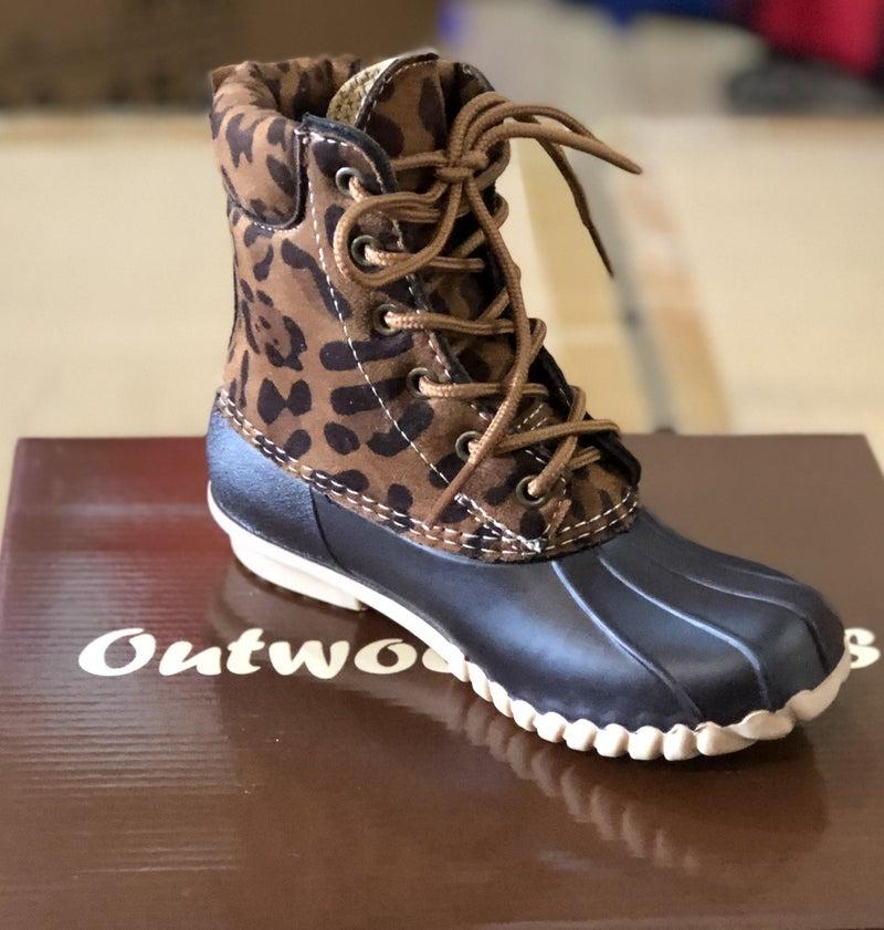 Short Leopard Duck Boot