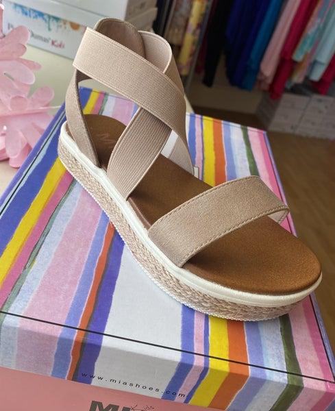 Mia Blythe Platform Sandals