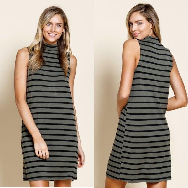 Stripe mock neck sleeveless dress