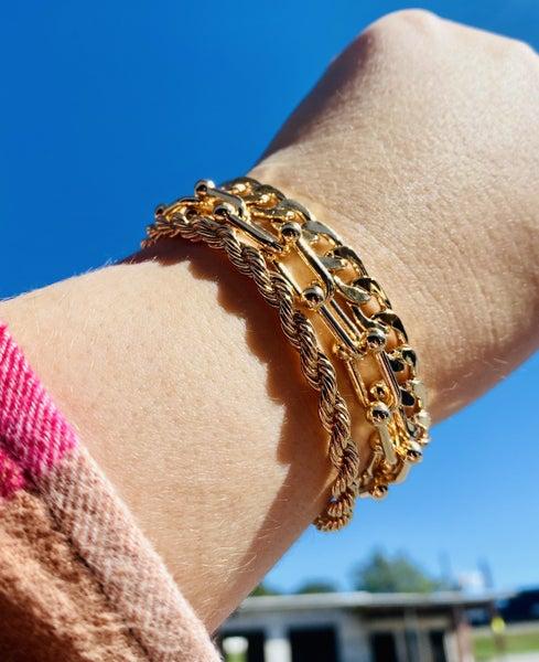 Lesleyann Chain Magnetic Bracelet