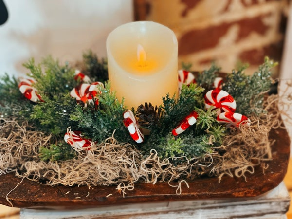 Centerpiece Candlering w / Peppermint Candy