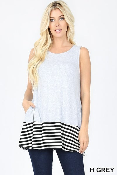 STRIPED & SOLID CONTRAST SLEEVELESS TOP